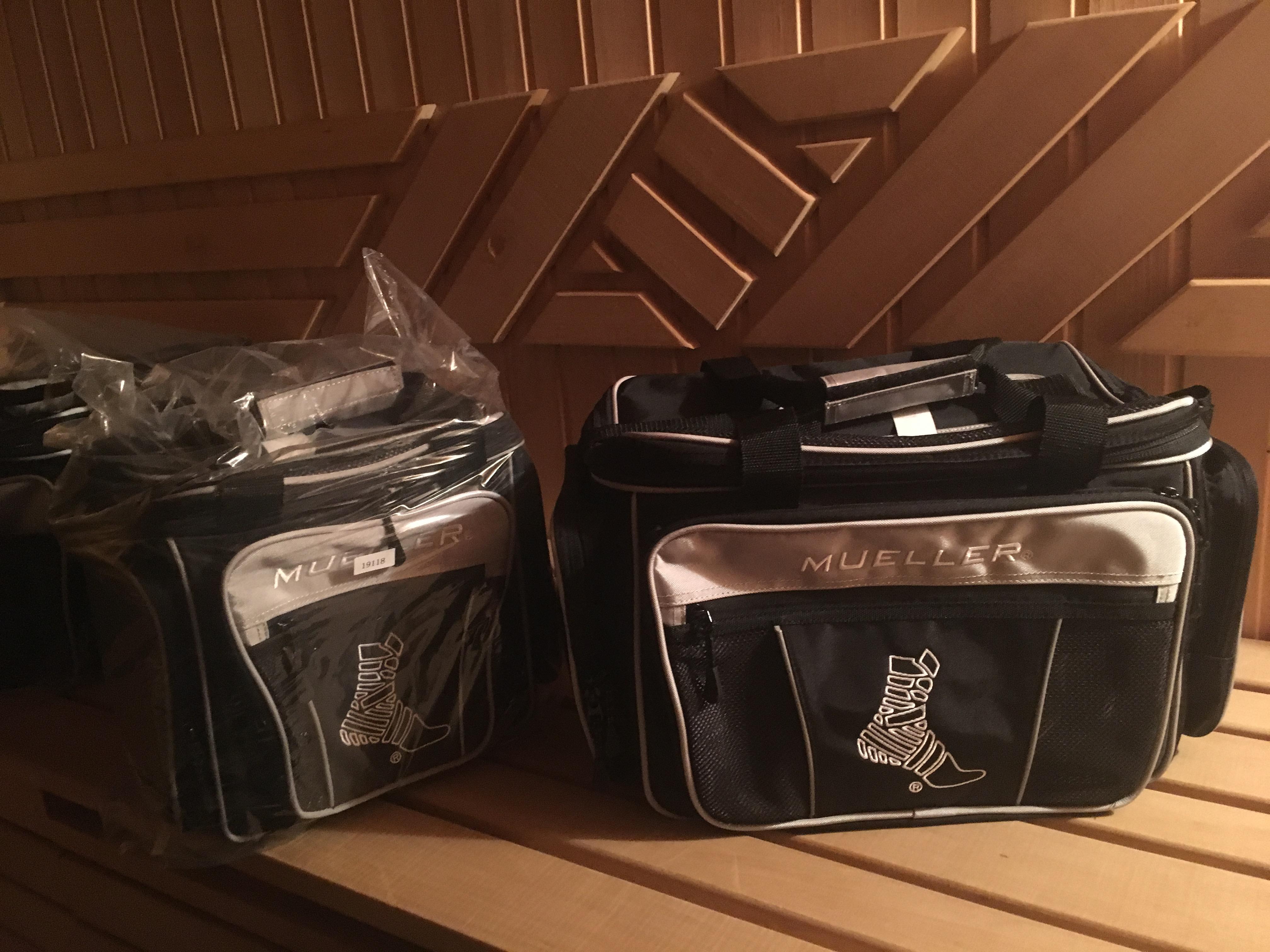 "19119NEW !!! MUELLER HERO® Response, Прочная, легкая нейлоновая сумка со сменными аксессуарами, премиум ручки, светоотражающие вставки,  38х25,5х25,5 см  (включая: M2 Clear Poket 10x10"" )"